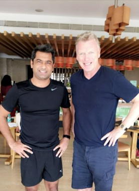 When you travel, you meet people. Meeting people is a learning experience. Especially when you meet ex-coach of Manchester United, #DavidMoyes Its a good sign for #Indianfootball due to #FIFAU17WC
